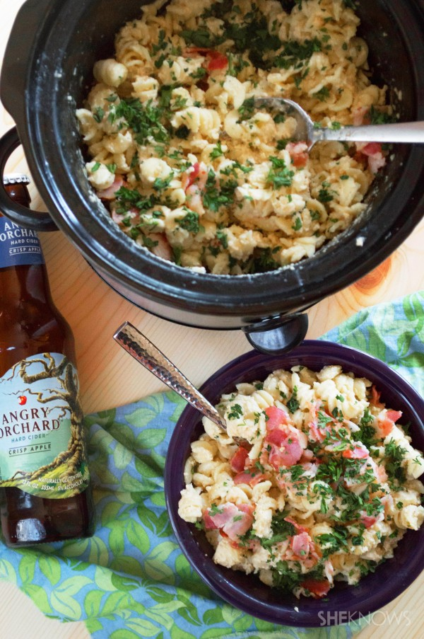 Hard cider white cheddar bacon mac and cheese recipe