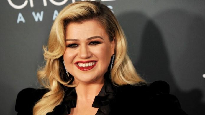 Take a Tour of Kelly Clarkson's