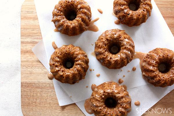 Gingerbread mini bundt with cinnamon glaze