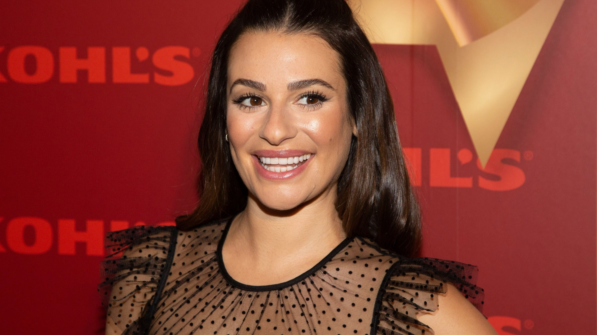 Lea Michele Is Pregnant Expecting First Child With Husband Zandy Reich Sheknows
