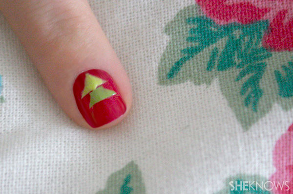 Christmas tree nail art tutorial Step 9 paint in darker green