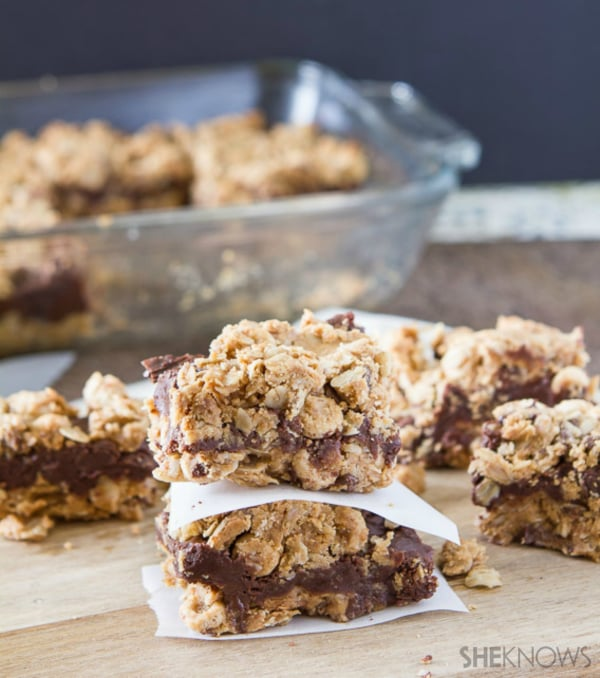 Chocolate and oat bars