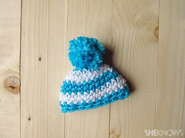 Crochet Easter egg hats: Pom pom beanie
