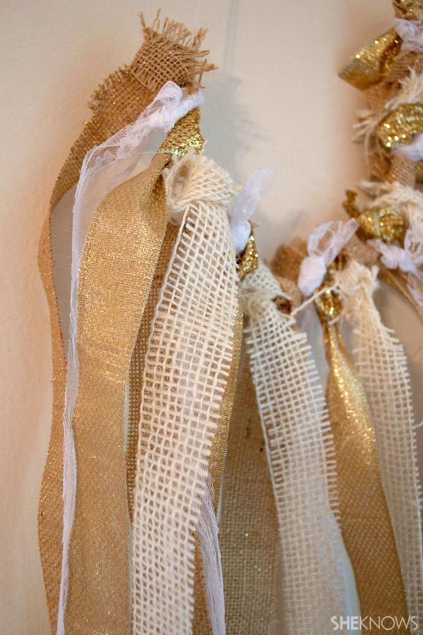 DIY burlap, ribbon & lace garland | Sheknows.com -- final result
