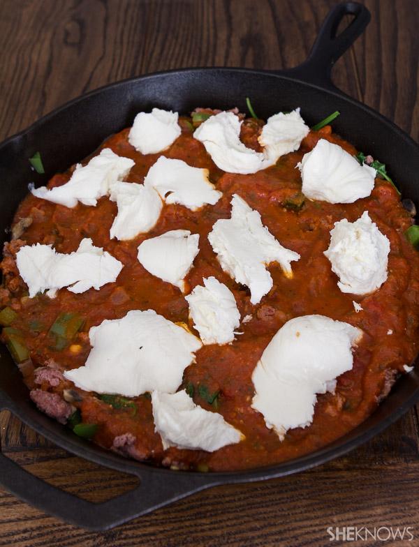 Spooning pizza
