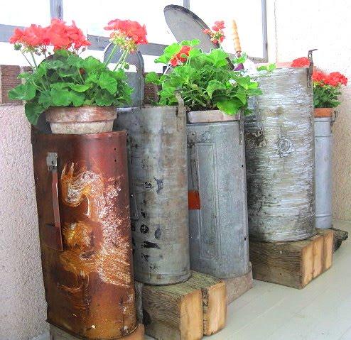 Mailbox flower pot planter | Sheknows.com