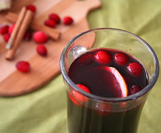 Cranberry ginger mulled wine