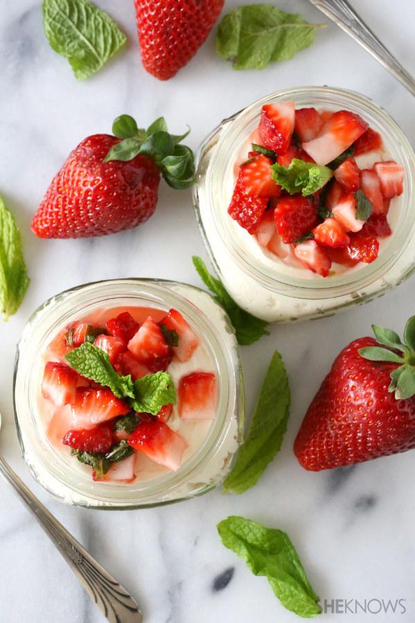 No-bake mint strawberry cheesecake