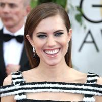 Allison Williams' Golden Globes makeup