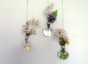Lightbulb hanging vase