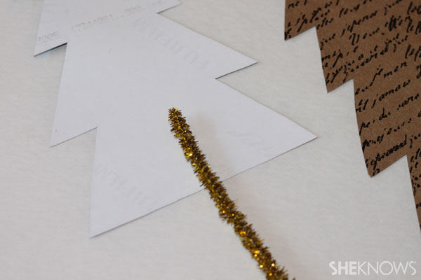 DIY photo placecards: Assemble tree