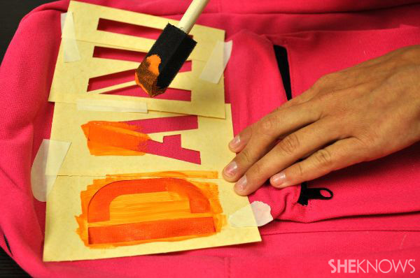 DIY stencil backpack - Paint