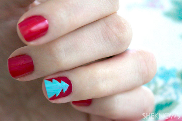 Christmas tree nail art tutorial Step 5 peel off washi tape