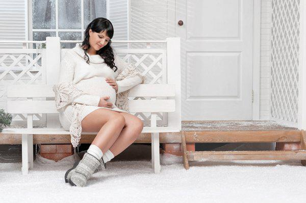 pregnant woman during winter