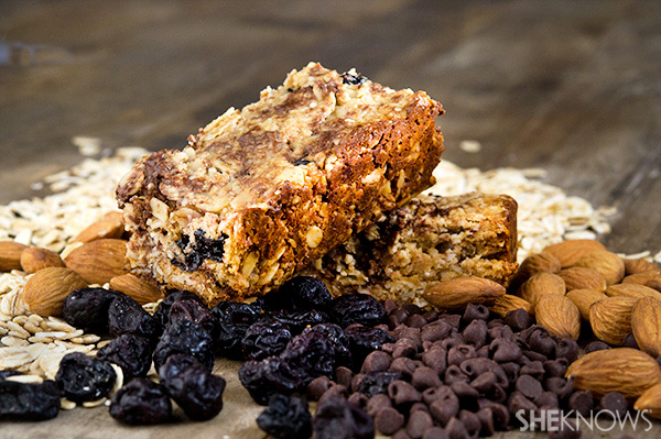 Gluten-free oatmeal energy bars