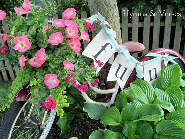Bicycle basket flower pot planter | Sheknows.com