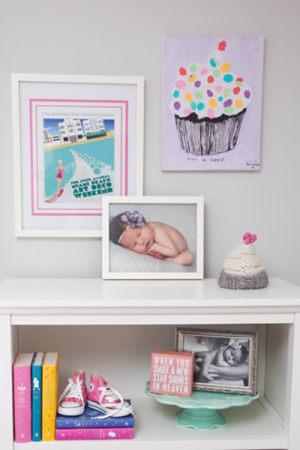 Nursery art idea: Cupcake painting