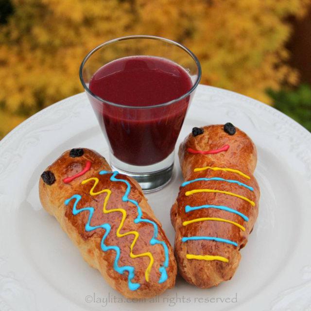 Ecuadorian spiced purple corn fruit drink
