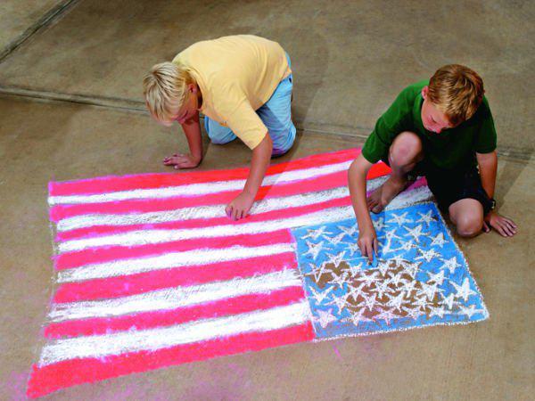 kids drawing american flag