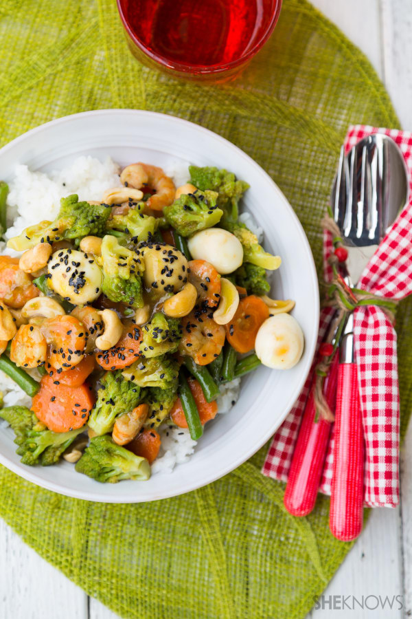 Vegetable stir-fry in oyster sauce with shrimp, quail eggs and cashew