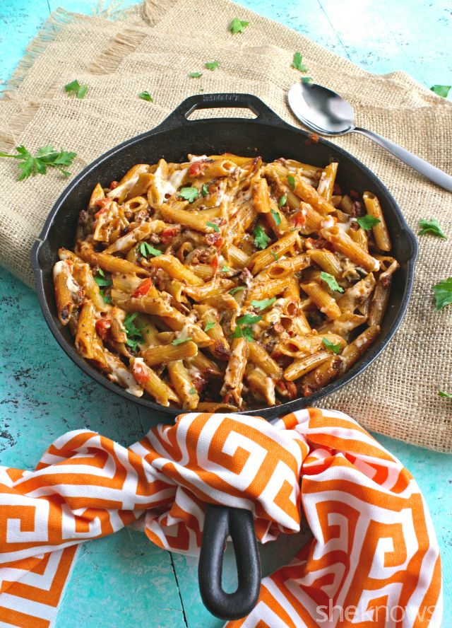 A one-skillet meal is always welcome! You'll love this Greek skillet pastitsio dish for dinner!