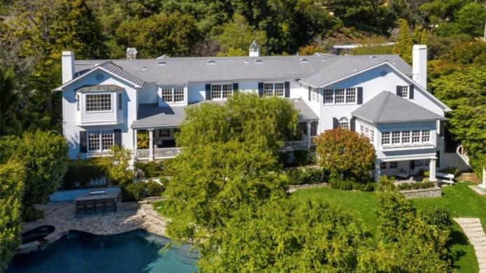 Ashton Kutcher, Mila Kunis Beverly Hills