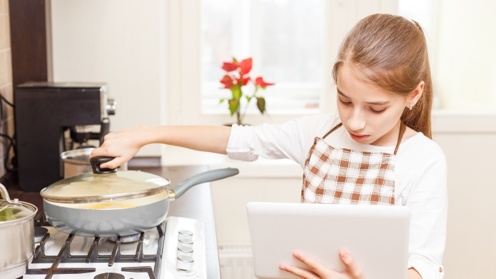 Best baking cookbooks for teens on