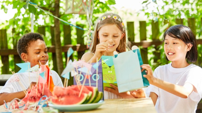 Best Birthday Party Favors for Young