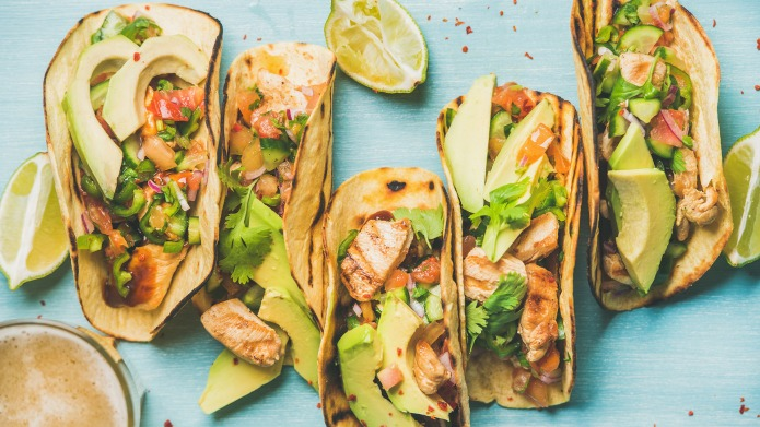 Healthy corn tortillas with grilled chicken,