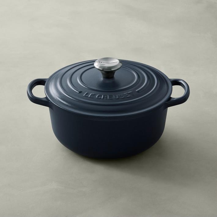 Le Creuset Signature Cast Iron Round Dutch Oven, 2 3/4-Qt.
