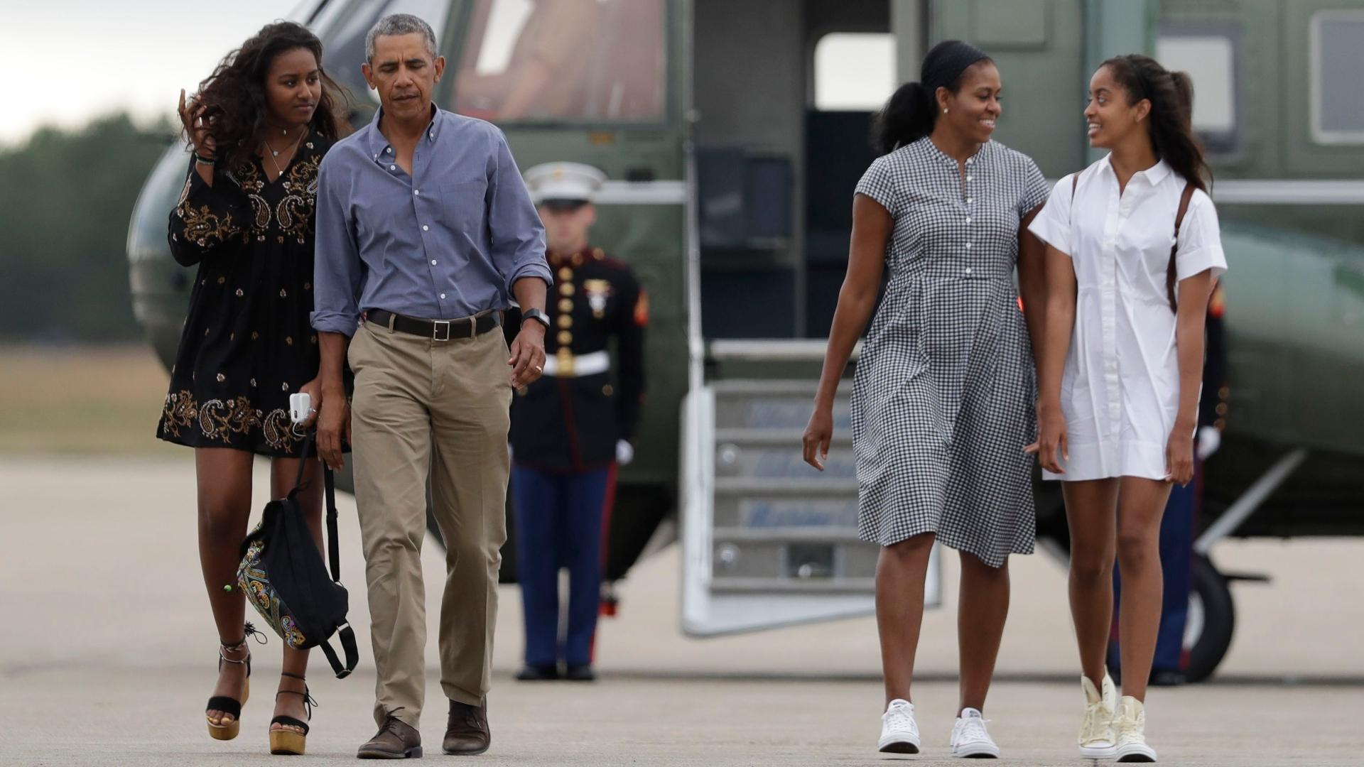 Obama bikini malia Malia White