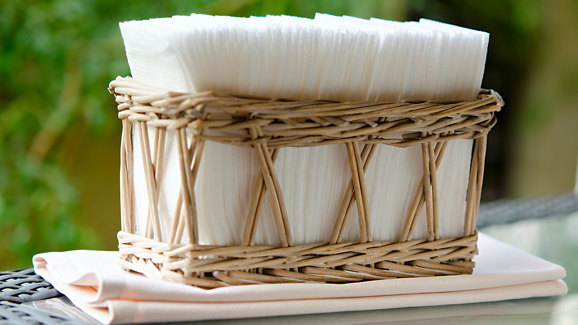 The Best Napkin Holders for Your Kitchen