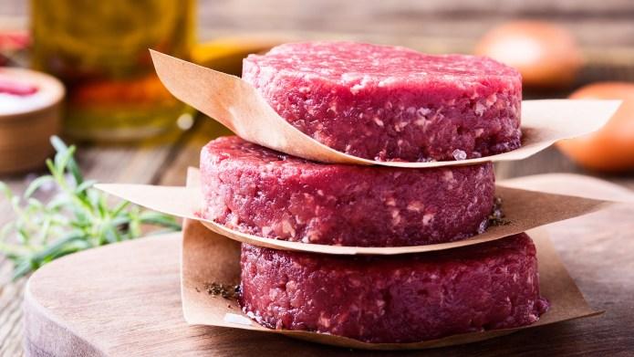 Organic raw ground beef, round patties
