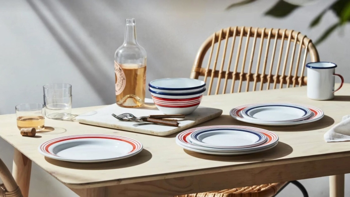 Le Creuset Everyday Enamelware collection