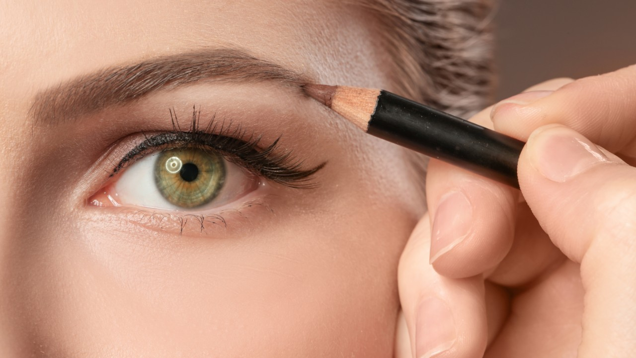 Get Naturally Defined Eyebrows with These Pencils