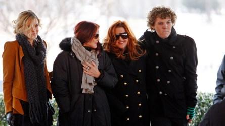Riley Keough, Priscilla Presley, Lisa Marie