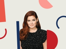 Debra Messing Has an Inspiring Message for Our Daughters After Losing Ruth Bader Ginsburg