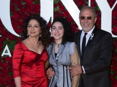 Gloria Estefan's Daughter Emily Is Mom's Lookalike in New Teaser for Intimate 'Red Table Talk'