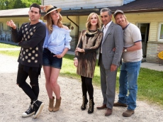 How to Watch the Biggest Winners at the 2020 Emmys: 'Schitt's Creek', 'Watchmen', & 'Succession'