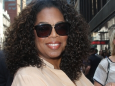 The 7 Books That Have Helped Oprah Through 2020