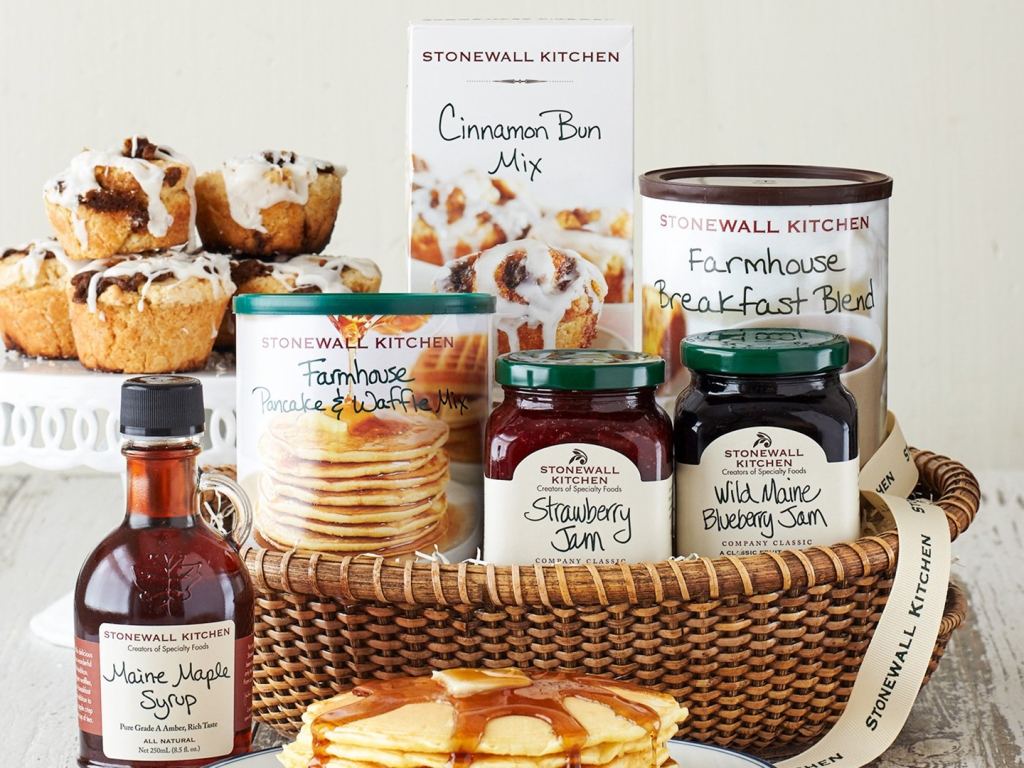 These Mouthwatering Food Gift Baskets Are Perfect for the Holidays & You'd Never Know They're From Amazon