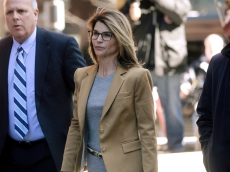Lori Loughlin Started Her Prison Sentence After Saying Her Crime Exacerbated 'Inequalities in Society'