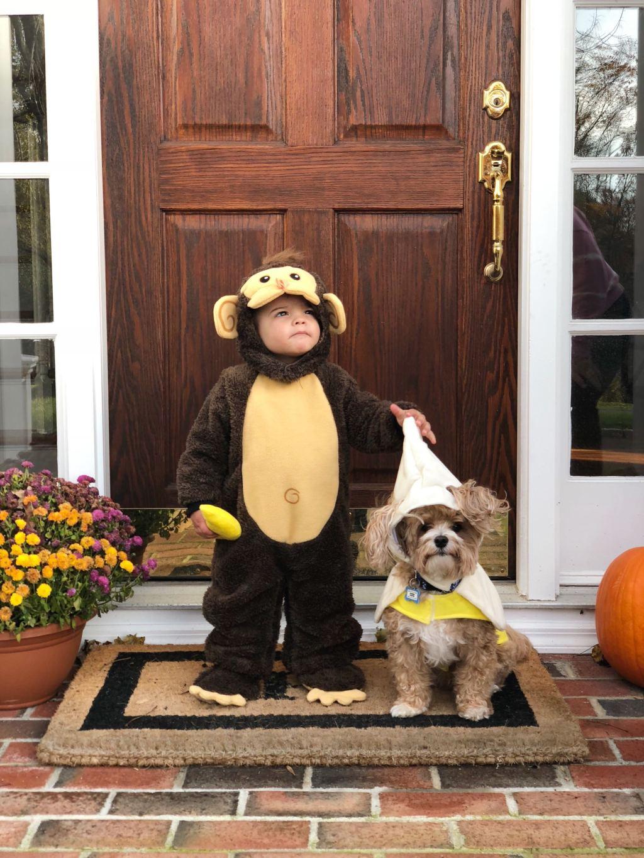 Monkey and Banana child and dog halloween