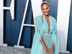 Chrissy Teigen Opens Up About the Shame She Felt as a Formula-Feeding Mom