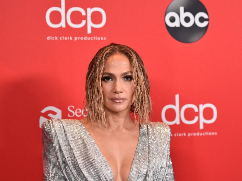 See Jennifer Lopezs Nearly Naked AMAs 2020 Marry Me
