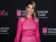 Lori Loughlin's Husband Mossimo Giannulli Isn't Getting Any Special Treatment Behind Bars