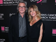 Goldie Hawn & Kurt Russell Can't Keep Their Hands Off Each Other Nearly 40 Years Later in This Romantic New Photo