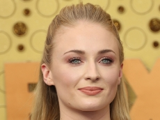 Sophie Turner Posts Never-Before-Seen Baby Bump Photo