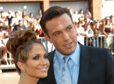Jennifer Lopez Received 'Sexist, Racist & Vicious' Attacks While Dating Ben Affleck