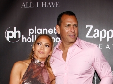 Rumors Are Swirling Again About a J.Lo & A-Rod Breakup, After Latest Instagram Photos